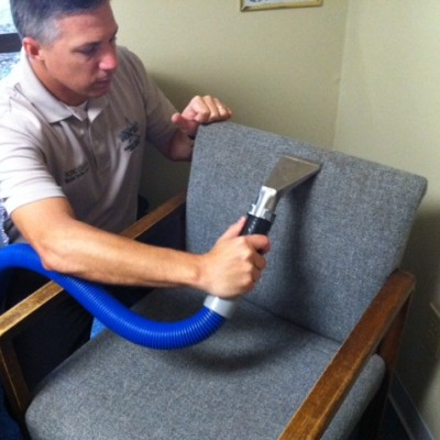 offiec-chair-cleaning-pic-2-1